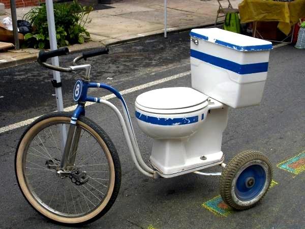 Toilet-Bike11